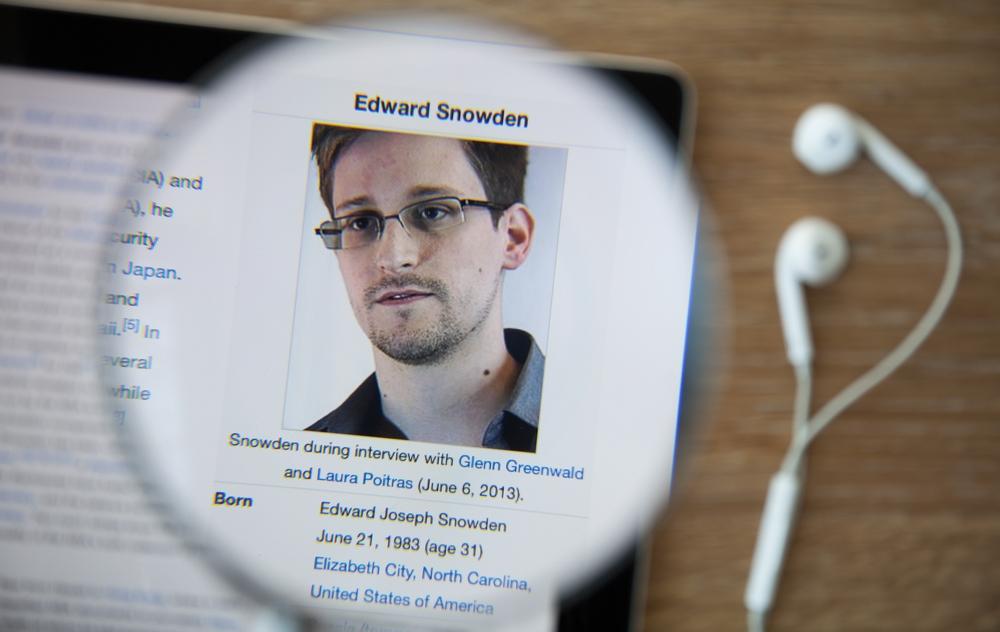 Эдвард Сноуден: АНБ следит запользователями биткойна